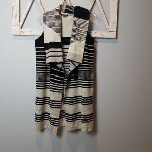 VINCE Wool-Cashmere Blend Graphic Drape Vest XS
